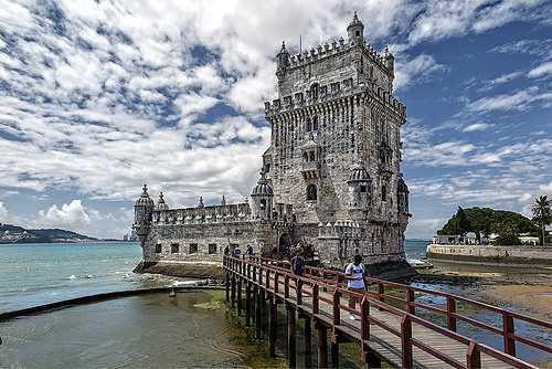 Lisboa | Traslado In/Out + Tour Privativo de Meio Dia em Lisboa